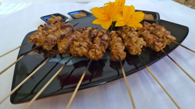 Skewers of Chicken Satay with Peanut Sauce