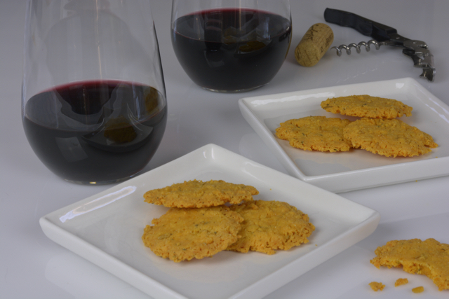 Cheddar Cheese Wafers with red wine