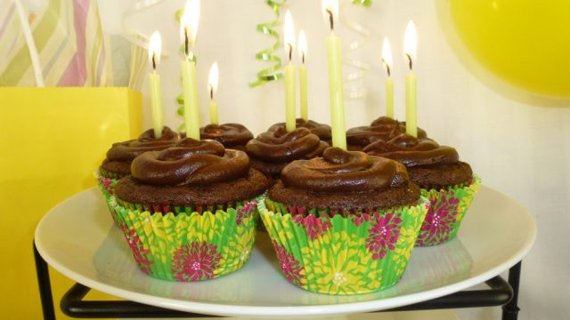 Gluten Free Chocolate Cupcakes with Chocolate Icing