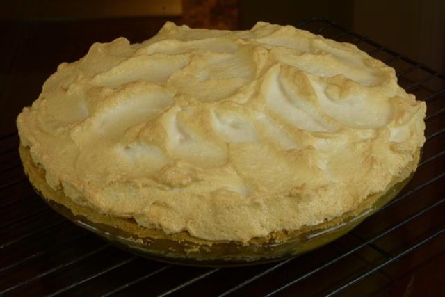 Lemon Meringue Pie with gluten free pastry