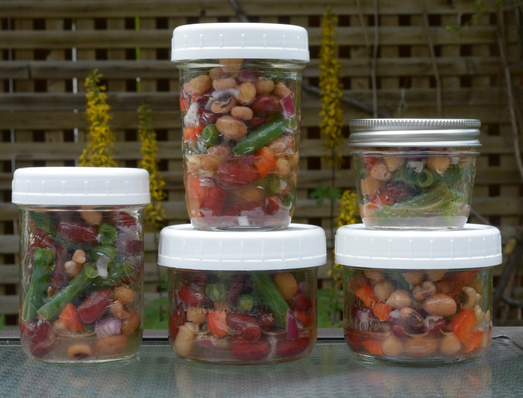 Easy Bean Salad in Mason Jars